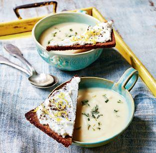 Photo de Soupe de céleri et toast à la ricotta prise par WW