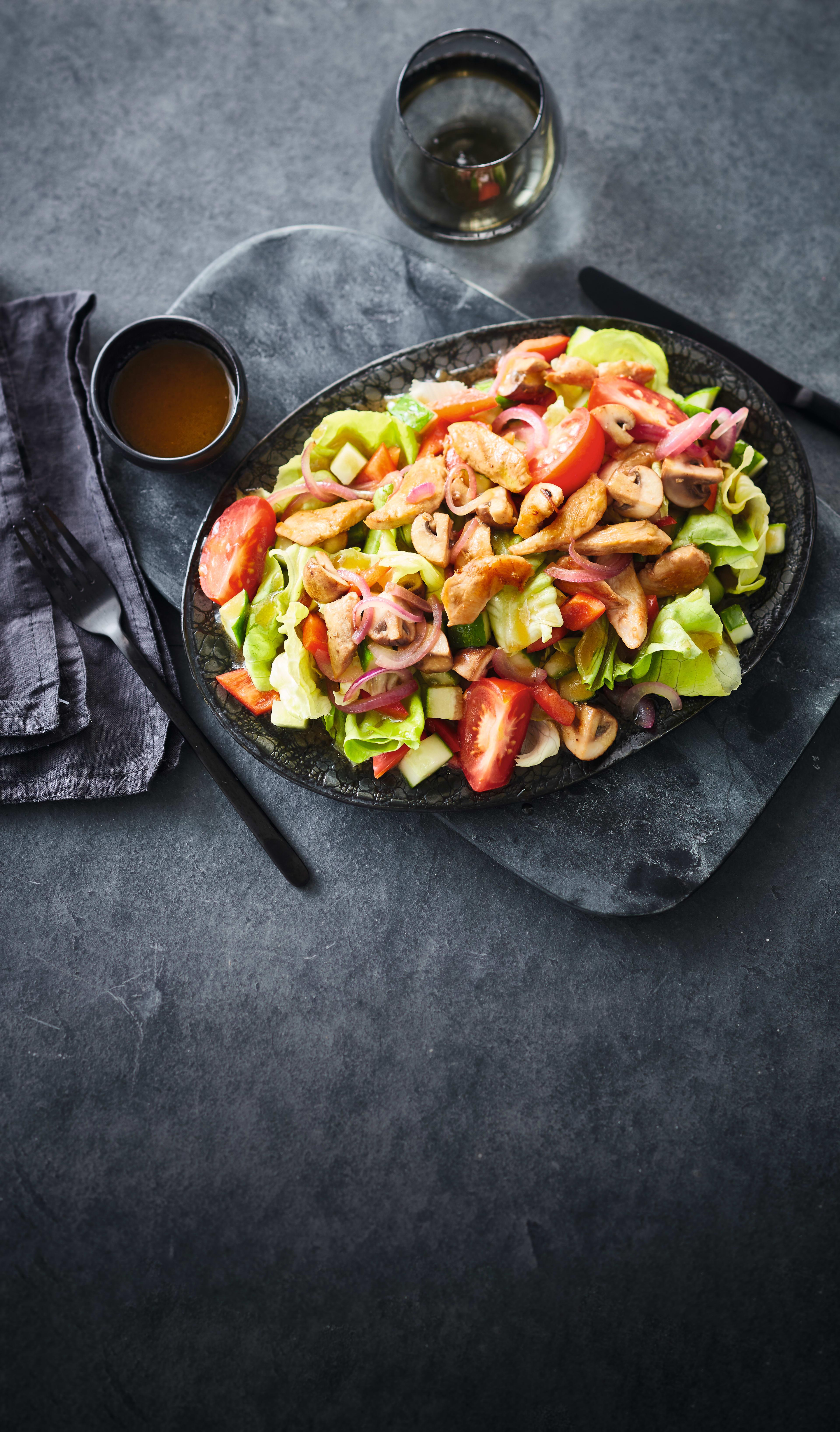 Photo de Salade mixte au poulet prise par WW