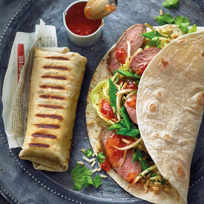 Foto van Aziatische burrito met eend door WW