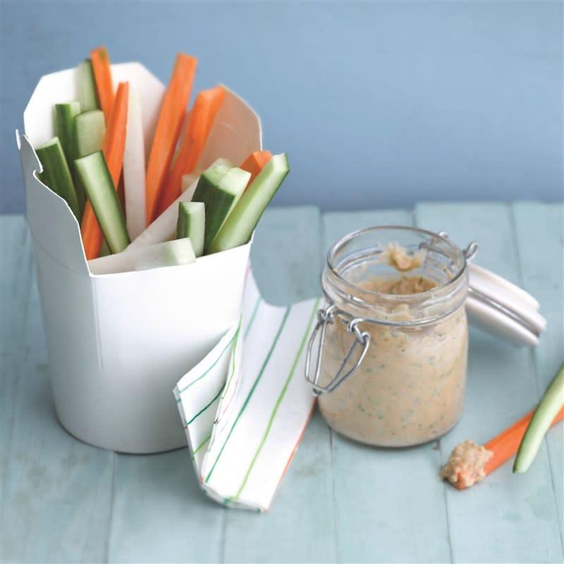 Photo de Sauce aux lentilles et bâtonnets de légumes croquants prise par WW