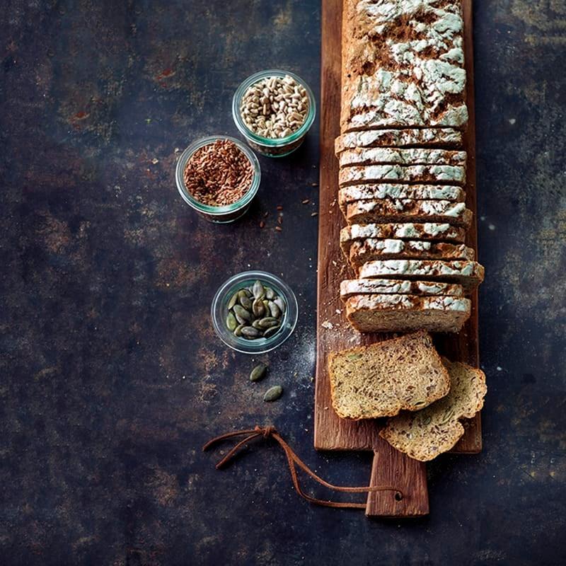 Foto van Tarweroggebrood met zaden door WW