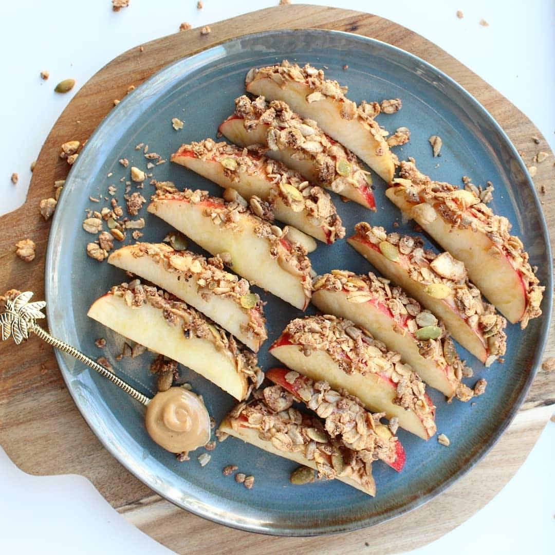 Foto van Snack appel - WW Loves - Oot Granola door WW