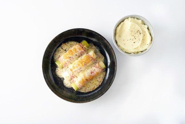 Foto van Prei-hamrolletjes met lichte bechamel van graanmosterd en aardappelpuree door WW