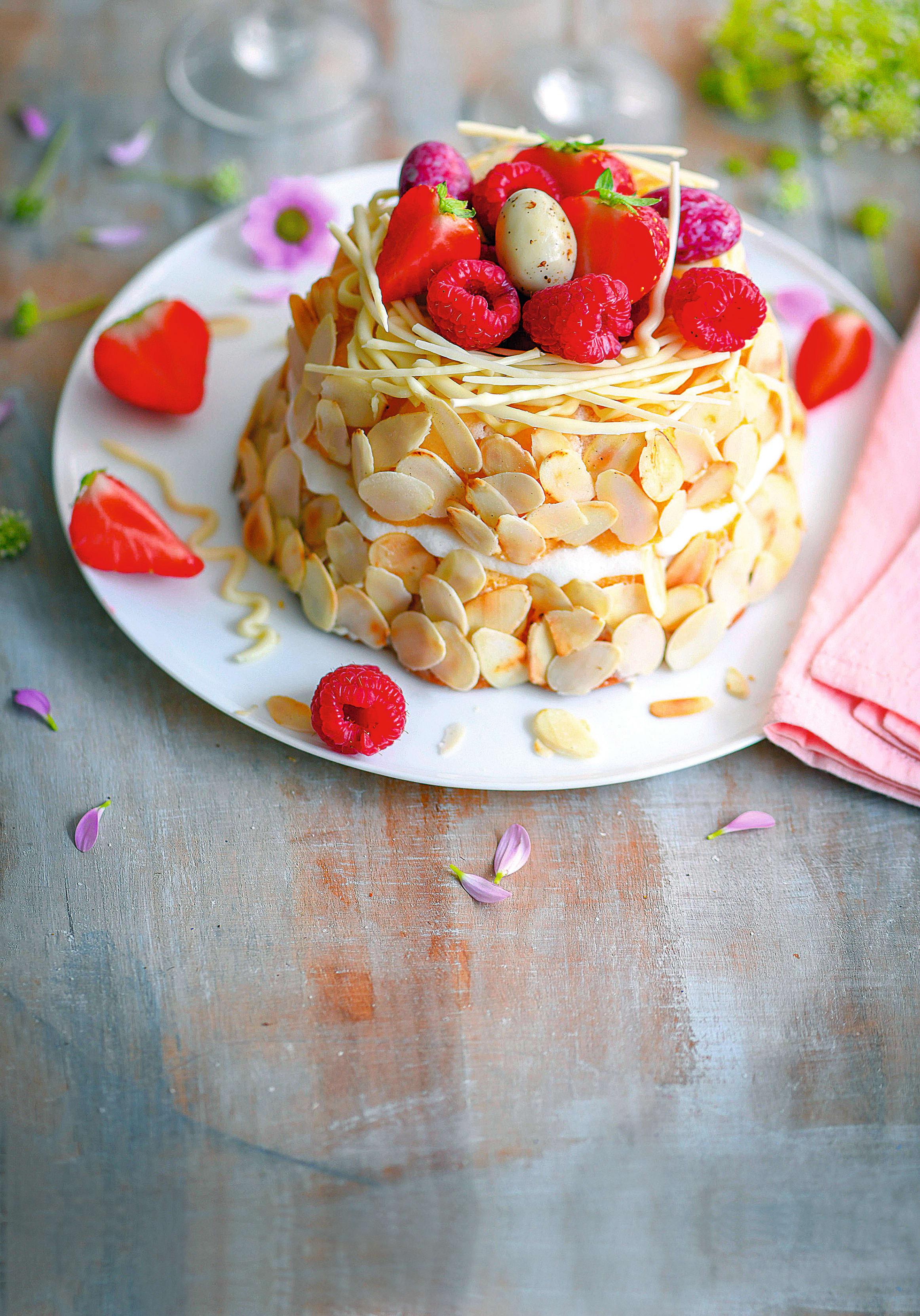 Photo de Nid de Pâques gourmand aux fruits rouges prise par WW