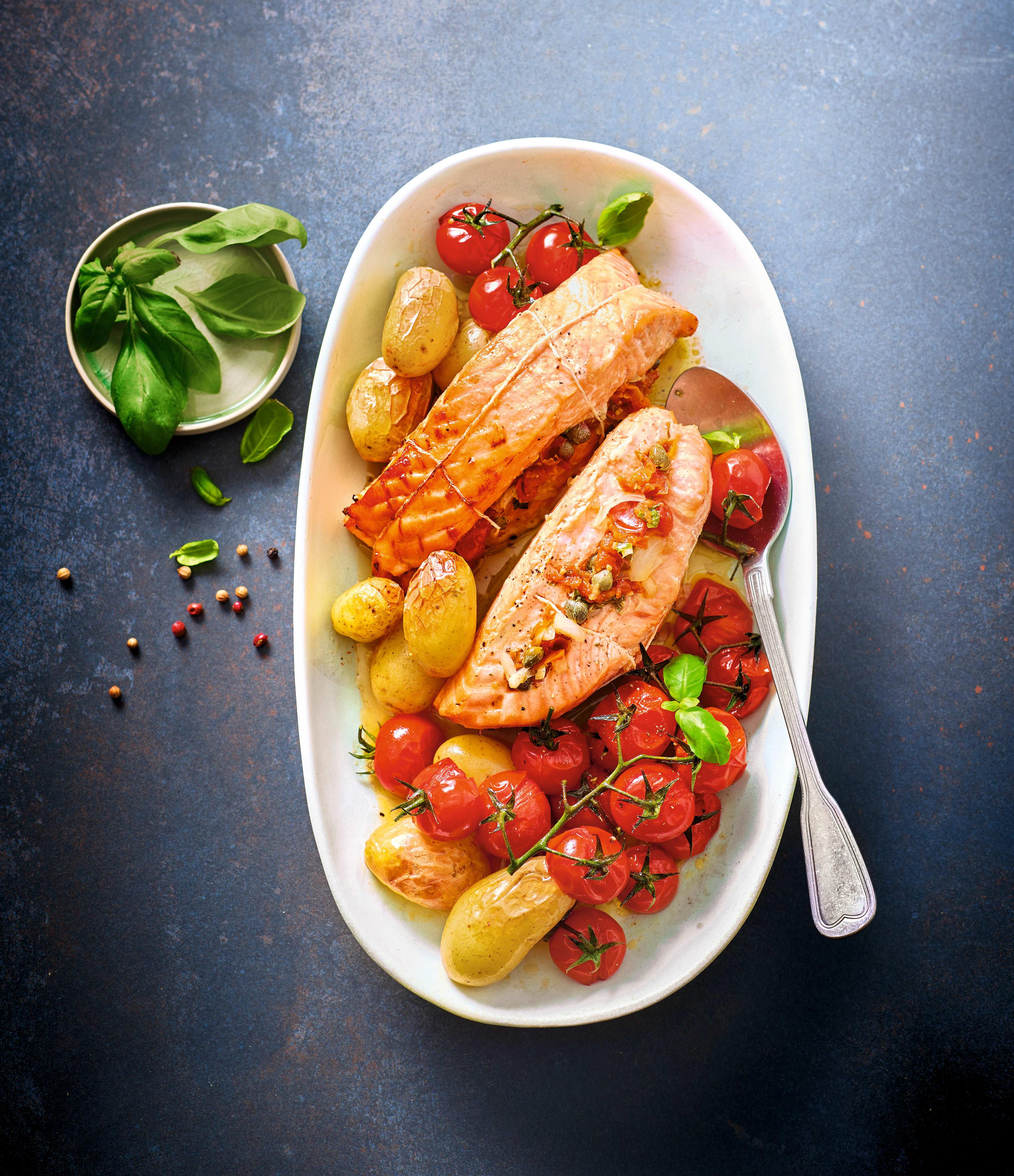 Photo de Pavés de saumon, tomates cerise et Noirmoutier prise par WW