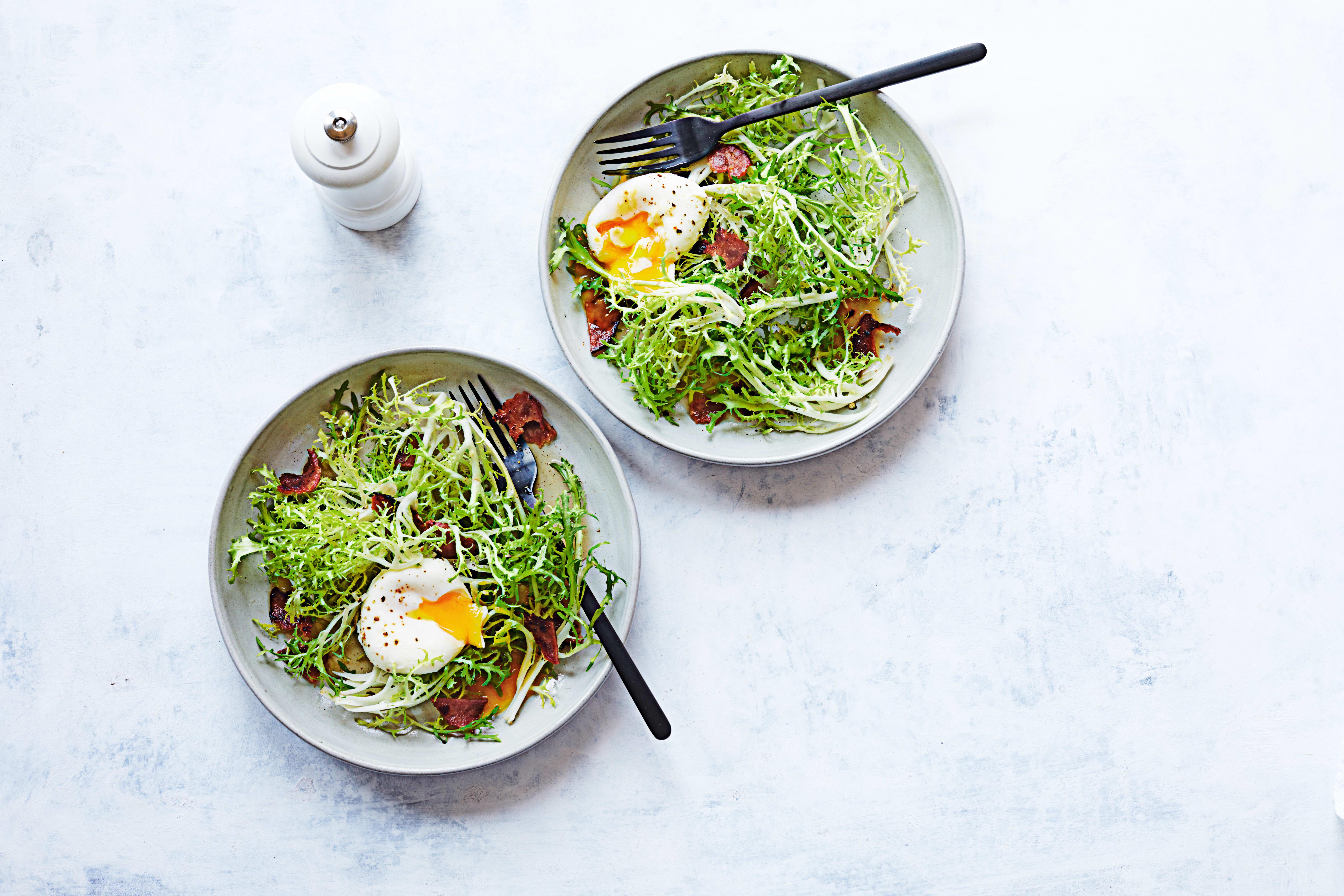 Photo de Salade frisée au bacon et aux oeufs prise par WW