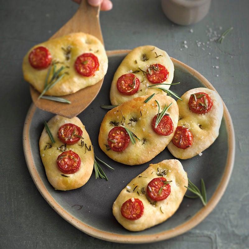 Foto van Mini-focaccia's met tomaten door WW