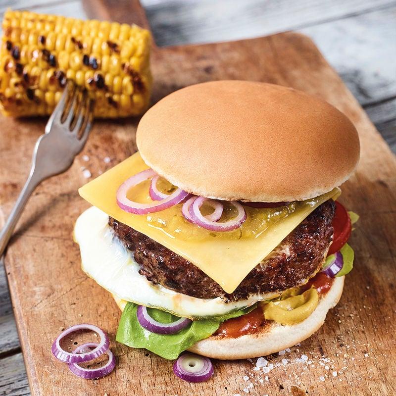 Foto van Cheeseburger met ei door WW