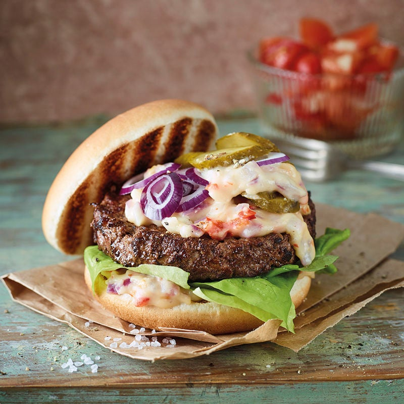 Foto van Cheeseburger met chilipeper door WW