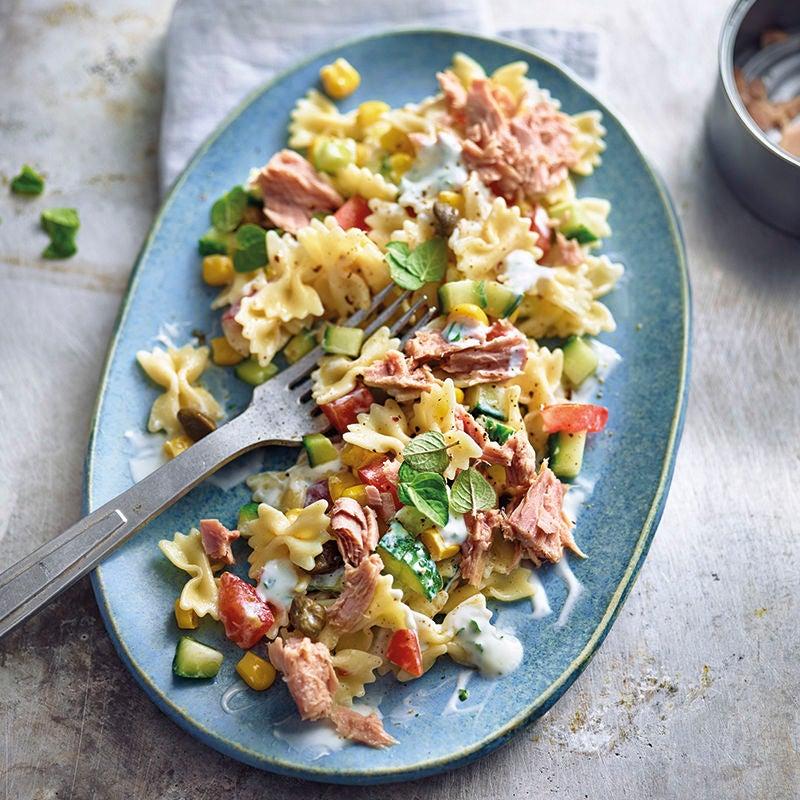 Foto van Pastasalade met tonijn en yoghurtdressing door WW